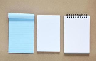 verzameling van verschillende notitiepapier foto