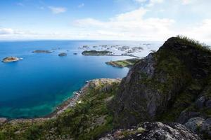 uitzicht op de bergen - Lofoten eilanden, Noorwegen foto
