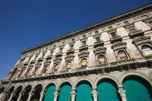 galleria vittorio emanuele ii in milaan foto