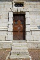 deur in Italië Lombardije kolom het oude venster van Milaan foto