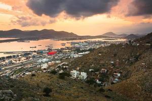 scheepswerven in perama, piraeus, athene. foto