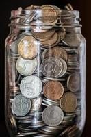 geld in pot foto