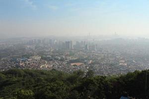panoramisch uitzicht over seoel, zuid-korea foto