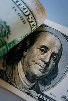 detail van Benjamin Franklin op 100 dollarbiljet foto
