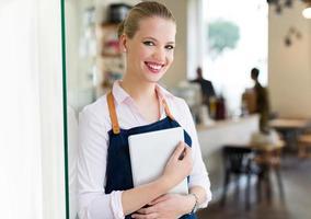 kleine ondernemer in café