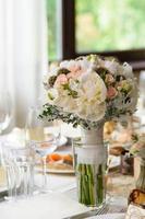 pastel bruiloft boeket