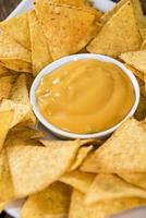 nacho's met kaassaus foto