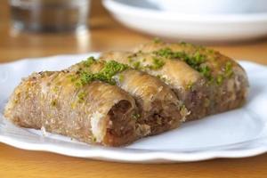 sarayli baklava met pistache foto