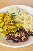 Indiase curry tofu foto