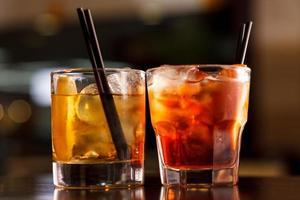 cocktail in de bar foto