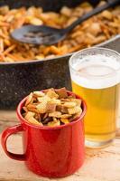 snacks en bier foto