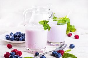 milkshake met bosbessen foto