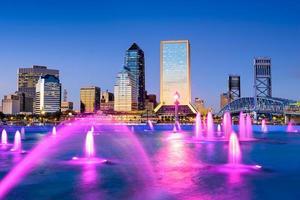 Jacksonville, Florida skyline van het centrum. foto