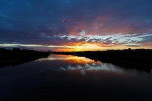 zonsondergang over de stad