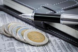 financieel rapport met munten foto
