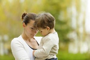 moeder en zoon foto
