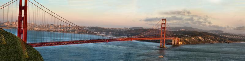 panorama van de golden gate bridge foto