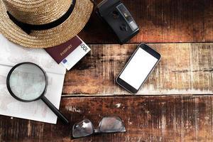 outfit van reiziger, student, tiener, jonge vrouw of man.