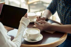 zakelijke bijeenkomst in café