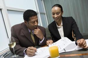 ondernemers in zakelijke bijeenkomst