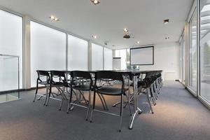 moderne vergaderzaal foto
