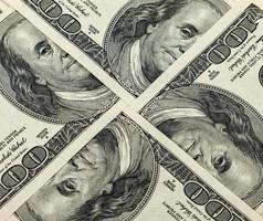 vier honderd-dollarbiljetten close-up