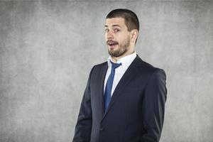 verrast zakenman foto
