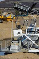grote machines voor zandwinning foto