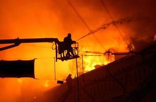 door vuur en water 3 foto
