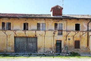 vervallen Friulian landbouwgebouw foto