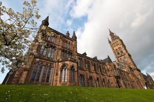 de buitenkant van de universiteit van Glasgow in Schotland foto