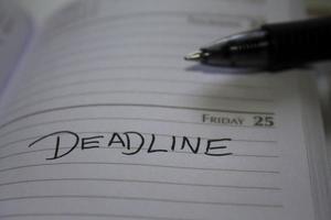 deadline kalender herinnering close-up foto
