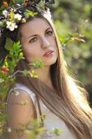 portret van een prachtige lente nimf foto