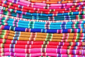 kleurrijke stoffen foto