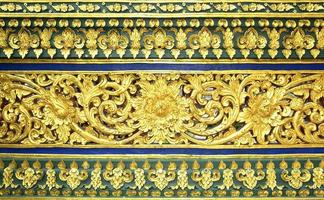 traditioneel Thais gipspleisterpatroon decoratief in tempel, Thailand
