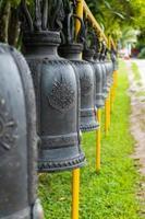 de bel in de tempel, thailand foto