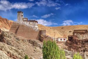 ruïnes bij basgo klooster, leh, ladakh, jammu en kahsmir, india