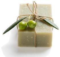 natuurlijke plantaardige zeep van olijfolie foto