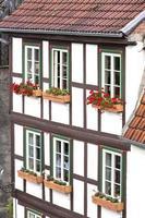 gevel van een vakwerkhuis in de stad Quedlinburg, Duitsland foto
