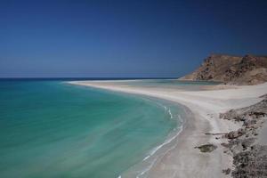 smaragdgroen strand in de woestijn foto