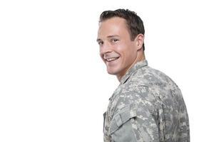 lachende blanke militaire man