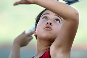meisje met tennis