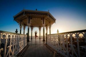 yogasessie op een prachtige plek foto