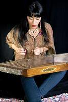 Aziatische meisjesmuzikanten foto