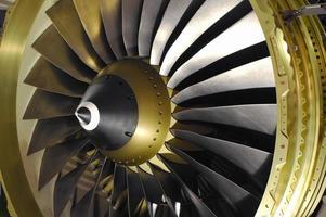computergegenereerde beelden van bladen van straalmotoren foto