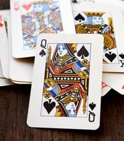 pocket koninginnen op houten achtergrond foto