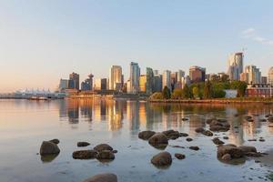 vancouver bc de ochtend van de horizon van de stad foto