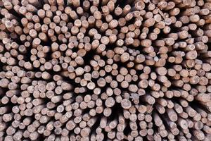 gestapeld hout foto