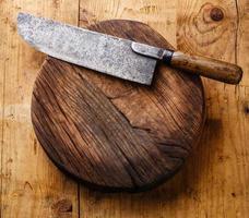 hakblok en vleesmes foto