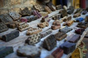 houten stoffen drukblokken foto